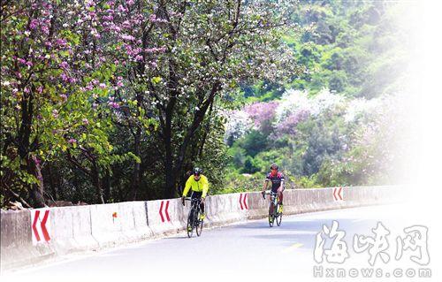 首届山地自行车赛