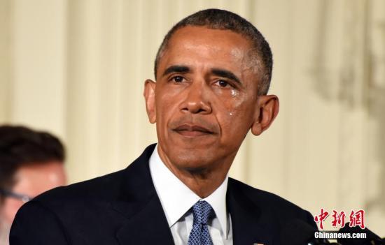奥巴马挥泪推控枪新规:每年3万美国人因枪击身亡