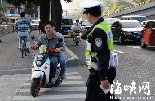 今日起至下月10日 省交警将严查严处电动车违法