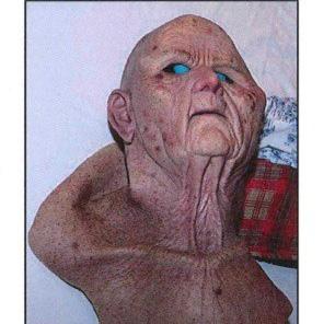 瑞典一医生迷奸女子6天 戴人皮面具做伪装