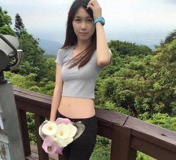台湾最美女警黄衣淳走红 被网友赞惊为天人