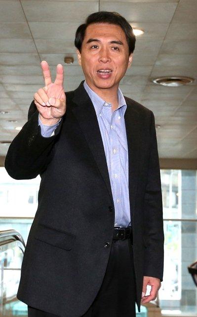 国民党主席补选下周一登记 陈学圣:不愿党走向极端