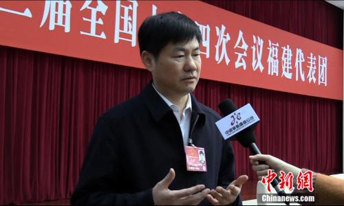 全国人大代表、福州市长杨益民 (民生 摄)