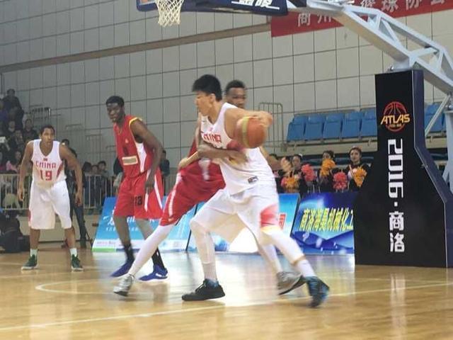 热身赛-白昊天24分6篮板 U17国青再胜格鲁吉亚