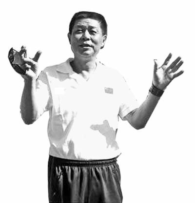 田径总教练:奥运会比世锦赛难 刘翔是一面旗帜