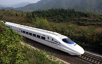 端午节车票热销 福州火车站再增往龙岩方向动车