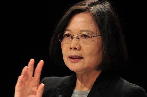 """台媒:当局两岸政策决定岛内经济能否""""保1"""""""