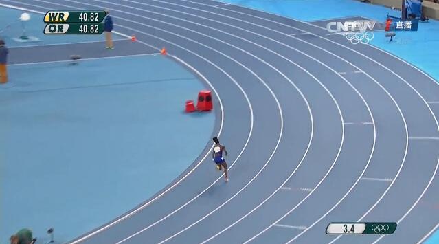 女子接力美国单独重跑淘汰中国 外媒:太奇怪了!
