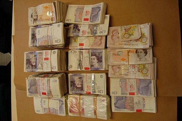 英最嚣张电信诈骗团队 25岁小伙带队卷款9亿(图)