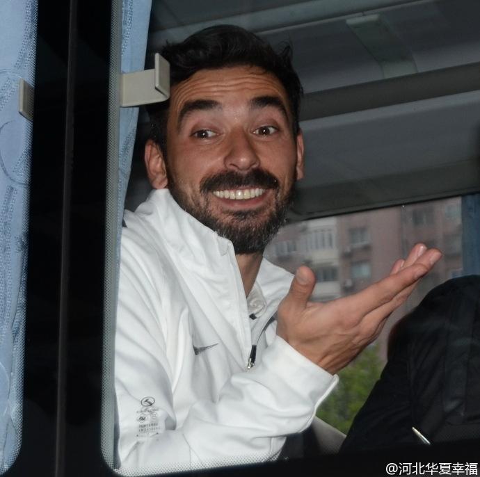 终于等到你!拉维奇返回中国 谁为他腾位置?