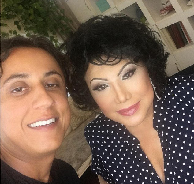 化妆师化妆术可让人年轻几十岁 这好比现实版PS