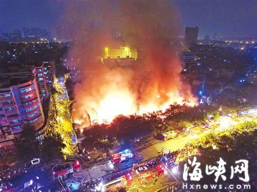 ▲昨夜,台江排尾路突发大火