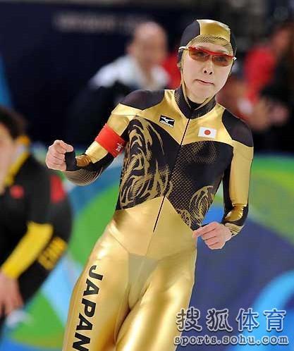 日本美女高木美帆击败张虹