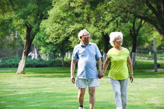 每天坚持步行有益健康