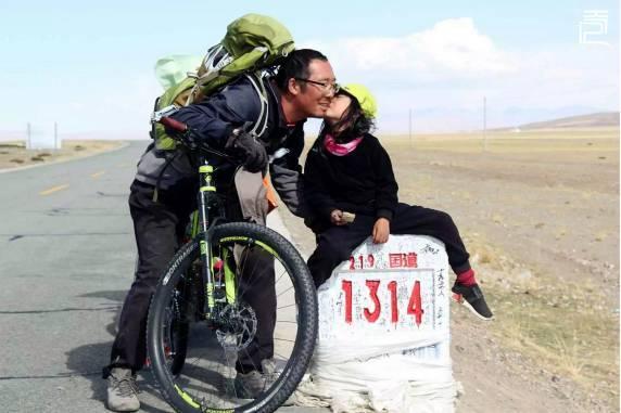 帶著4歲女兒環游中國