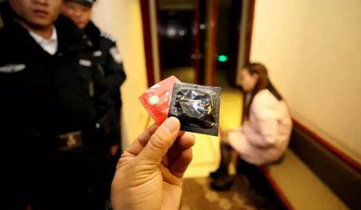 湖北警方跨年夜抓获涉黄涉赌人员18名