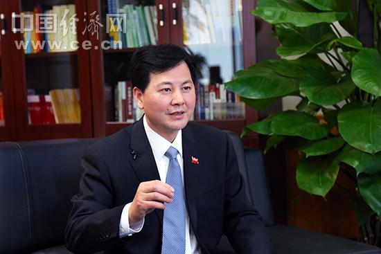 福建省中行行长杨展鹏:承百年历史 助八闽腾飞