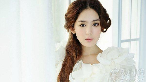 古力娜扎-王丽坤年龄造假 王丽坤多大了 盘点年龄有造假嫌疑的明星