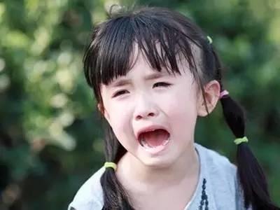 福州一女童走丢5个多小时 幼儿园说她还在睡午觉