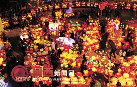 龙岩连城县璧洲村举办灯笼节 重现800年前民俗