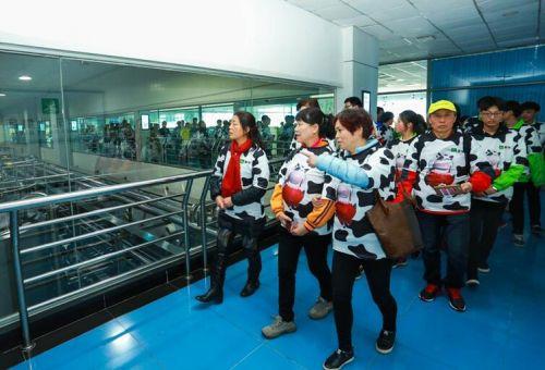 3•15蒙牛工厂开放参观消费者见证航天品质