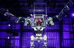 世界首款载人机器人亮相 高4米重1.5吨