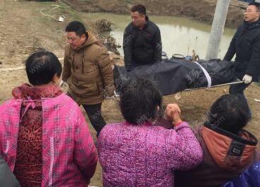 疑因儿子欠高利贷被灭口 扬州六旬夫妇沉尸水塘