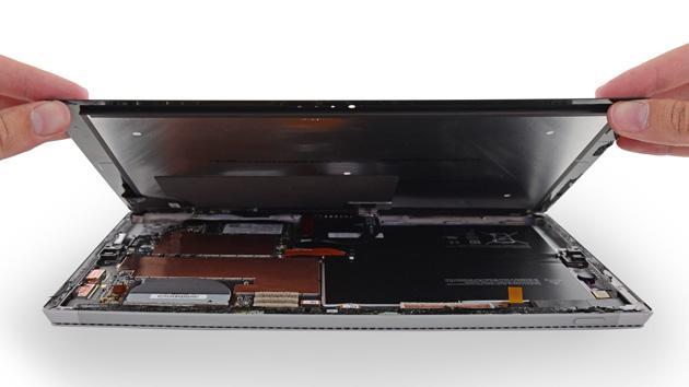 近万元微软surface平板突然黑屏 返厂维修后变砖