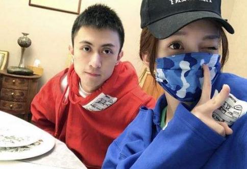 喜哥秦奋分手证据疑似曝光 爆料小号tttim_y的身份背景揭秘