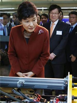 朴槿惠最新消息!朴槿惠曾肆意干涉企业 思维停在军事政权时代