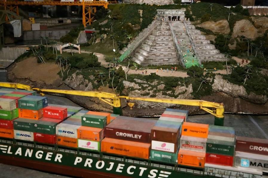 重建这个世界 纽约巨型微缩景观看地标