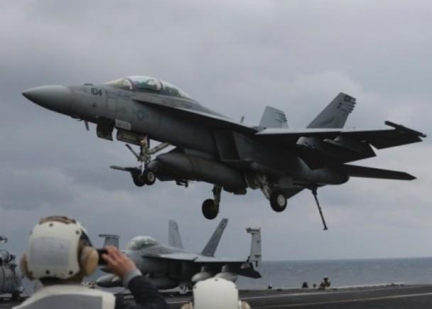 美航母出师不利怎么回事?F-18战机降落失败原因是什么揭秘