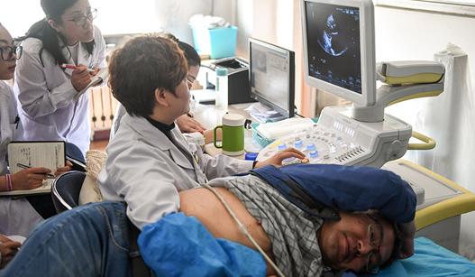 """哈尔滨""""换心人""""于文峰刷新亚洲心脏移植术后存活纪录"""