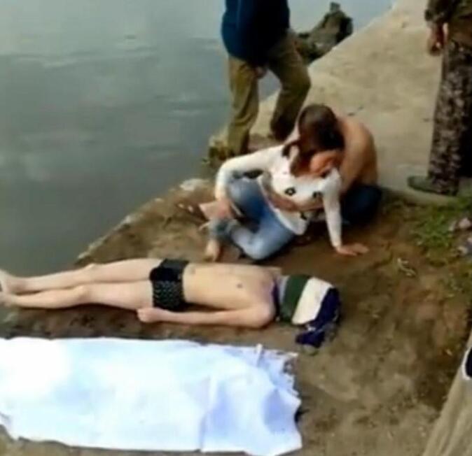 南平2名初中生下河游泳溺亡 母亲抱遗体痛哭