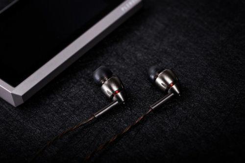 1MORE四单元圈铁耳机发布 首次发售价1299元