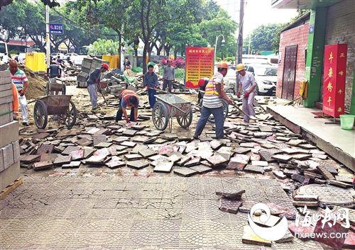 旧砖撬掉重新施工整改 福州排尾路月底完工