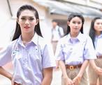 泰国男校开学仪式现场画面