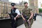 """英国将恐怖威胁级别上调至""""危急"""""""