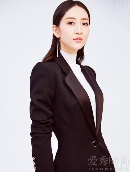 王鸥自曝找男友标准:能领导我的人 全然依赖他