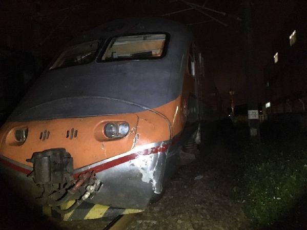 台铁12小时3起死伤事故!28日上午已酿1死1伤