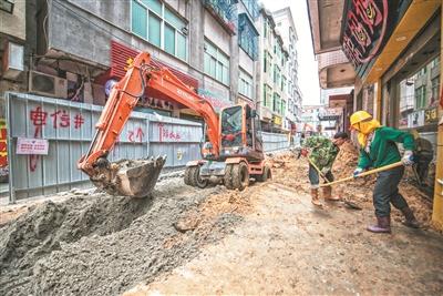 平潭旧城区道路改造施工 市民对新道路满怀期待