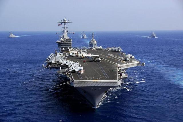 朝鲜半岛最新局势 美军2艘航母离开日本海 将灵活应对半岛局势