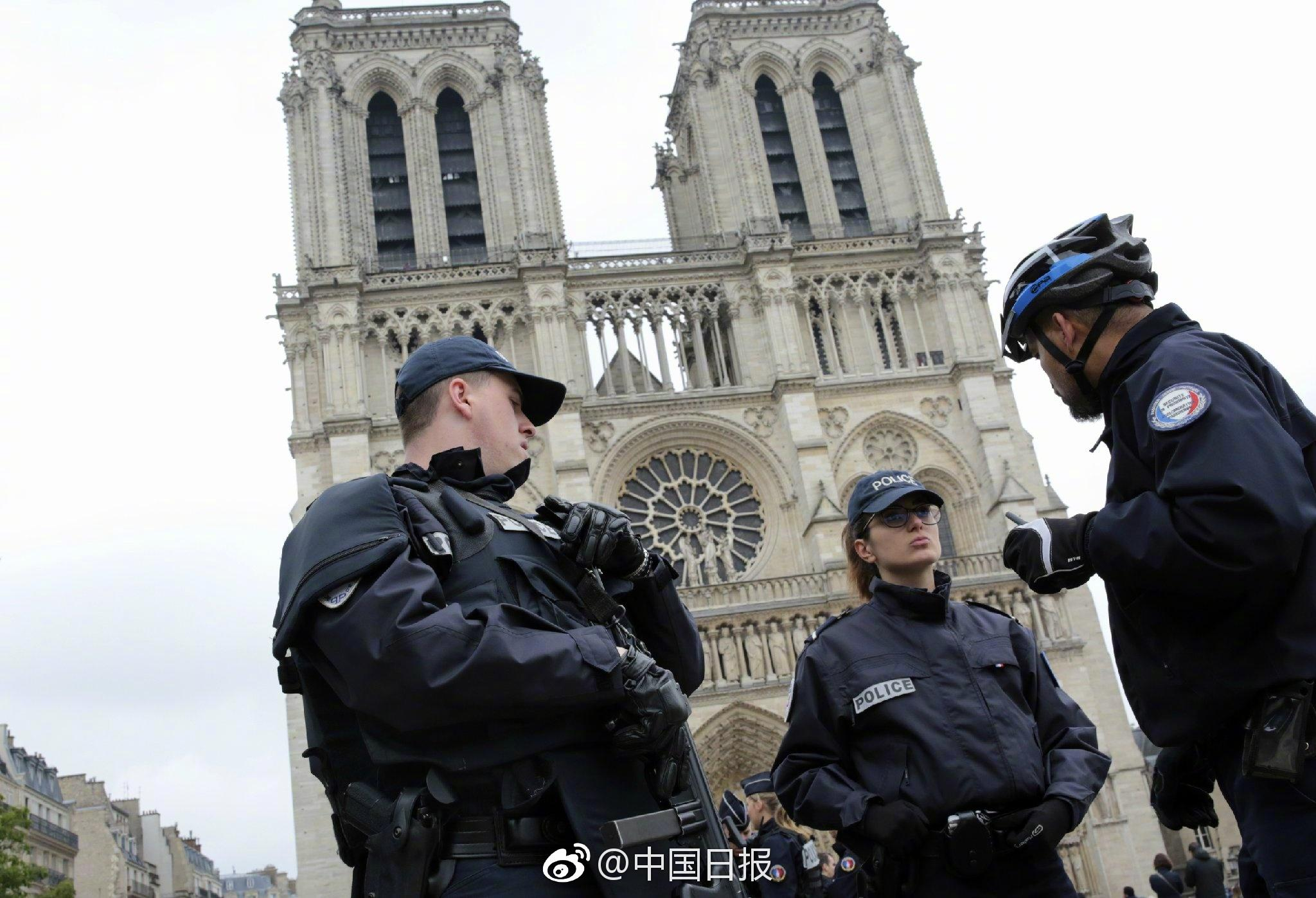 法国发生袭警事件 经确认袭击者是名学生现已被警方制服