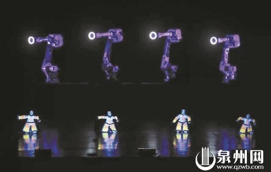 助阵张艺谋新作《对话·寓言2047》 泉州提线木偶亮相国家大剧院