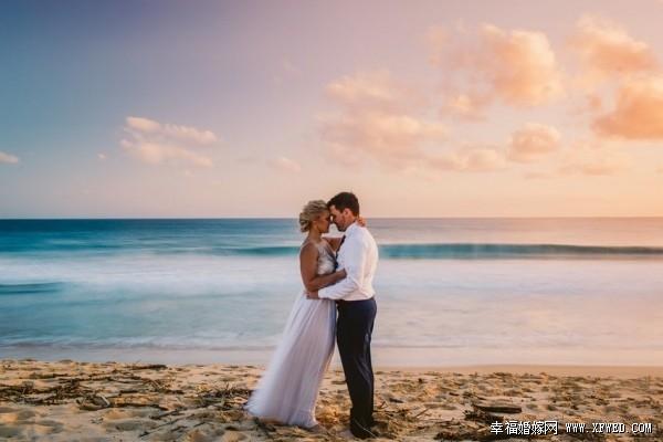 海滩婚礼照片 唯美梦幻的甜蜜纪念