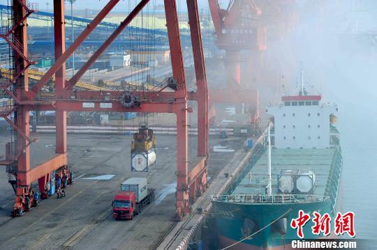 福建与金砖国家经贸往来掀热潮 前5月贸易额近400亿元