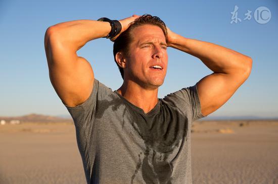 男人出汗多身体有毛病 人体三个排湿口有助祛湿