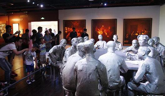 上海:中共一大会址纪念馆迎来大客流