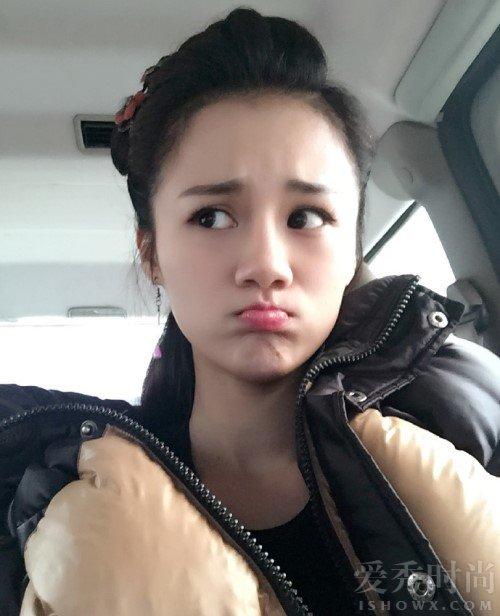 安悦溪出演糖宝的时候是一个精灵可爱的姑娘,整个的造型看起来也是
