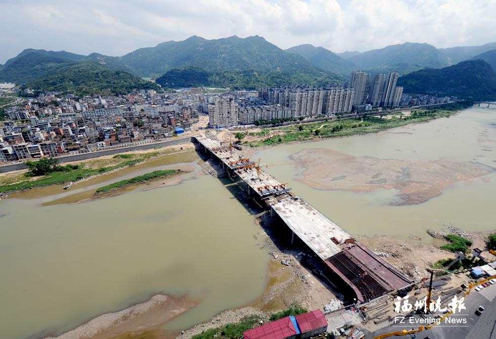 连江推进51个重点项目建设 解放大桥年底通车